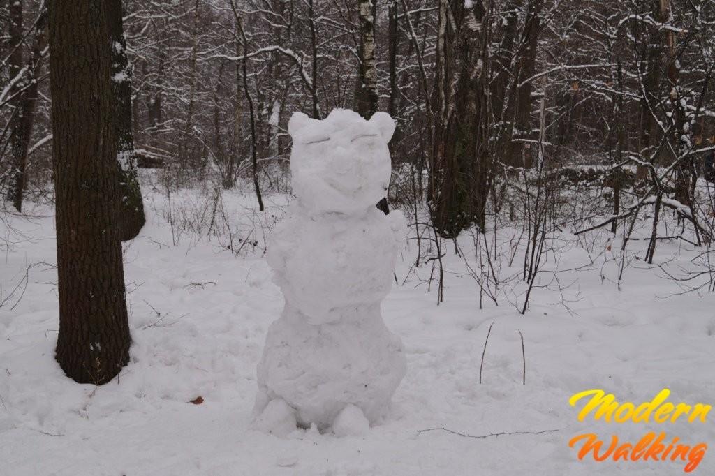 Слепить снеговика